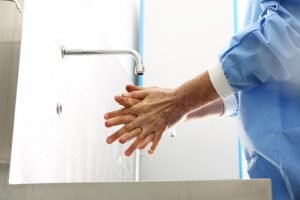La higiene de manos, clave para la bioseguridad de los servicios de salud