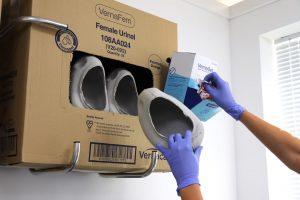 sistemas de contenedores biodegradables de un solo uso, para manejo desechos humanos en hospitales