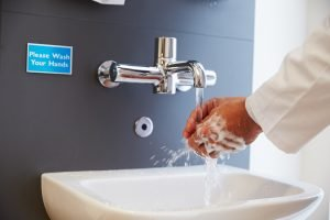 Lavamanos de baños en hospitales
