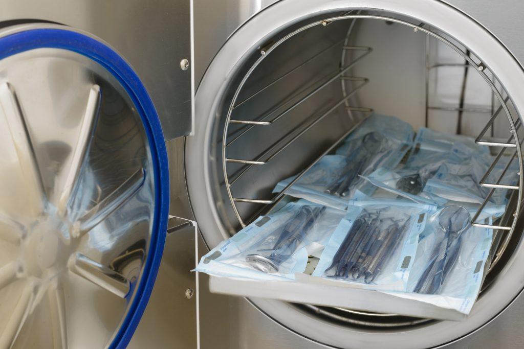 limpieza eficiente para la esterilización de los instrumentos médicos