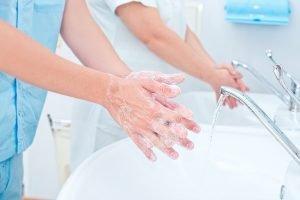 Enfermería, piedra angular para el control y prevención de las infecciones nosocomiales
