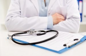 informe sobre recursos destinados para equipo de protección de personal médico