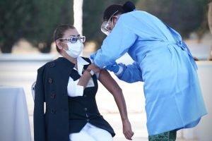 experiencia con vacuna contra COVID-19