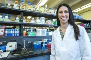 bacterias a los medicamentos que combaten la fibrosis quística